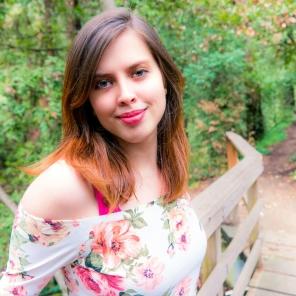 Kara Swason | Floral Headshot